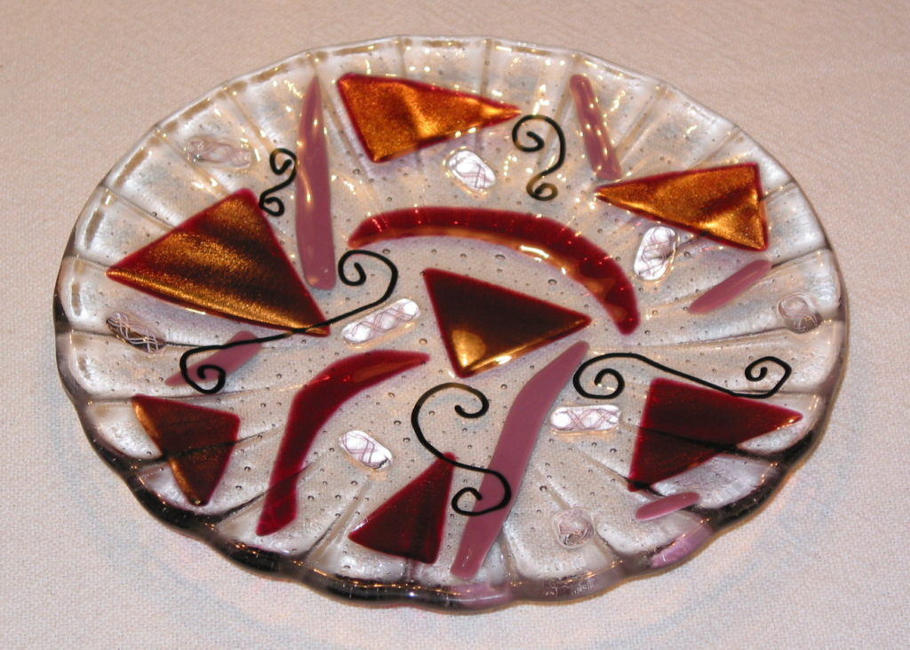 red-abstract-plate